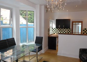 Thumbnail 3 bed terraced house to rent in Kings Bench Street, Hull