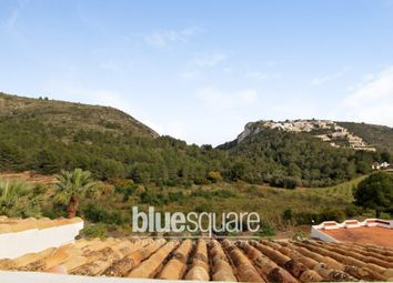 Thumbnail 5 bed property for sale in Moraira, Valencia, 03724, Spain