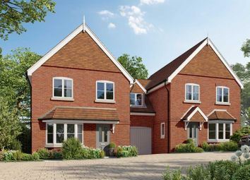 Thumbnail 4 bed link-detached house for sale in St. Marks Road, Binfield, Bracknell