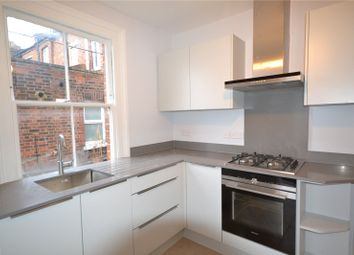 Thumbnail 3 bedroom flat to rent in The Broadway, Crouch End