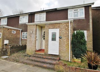 Thumbnail 4 bedroom town house for sale in Holbein Close, Basingstoke