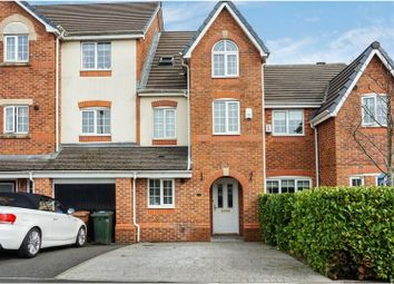 Thumbnail 3 bed town house for sale in Hornchurch Court, Heywood