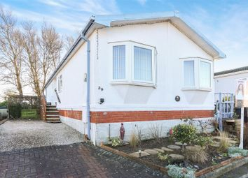 Thumbnail 2 bed mobile/park home for sale in Poplar Drive, New Tupton, Chesterfield, Derbyshire