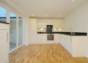 Thumbnail 2 bedroom flat to rent in Summerley Street, Earlsfield