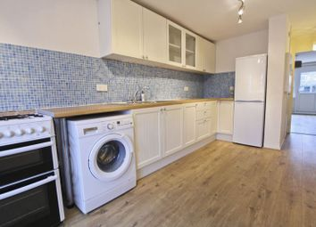3 bed maisonette to rent in Belvoir Close, London SE9