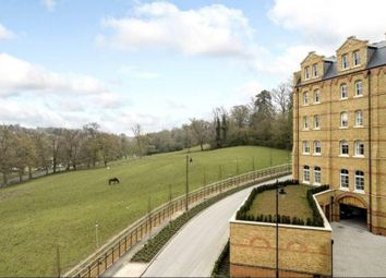 Thumbnail 2 bed flat for sale in Mill Hill