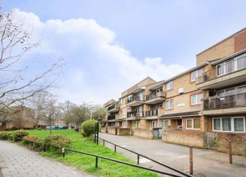 Thumbnail 2 bed maisonette for sale in Staveley Close, Peckham