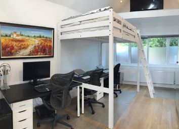Thumbnail Room to rent in St. Stephens Avenue, London