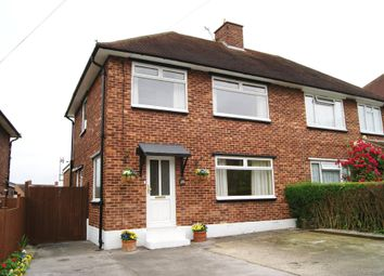 Thumbnail 4 bedroom property to rent in Clewer Hill Road, Windsor