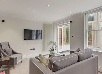 Thumbnail 3 bedroom flat to rent in Kensington Gardens Square, London