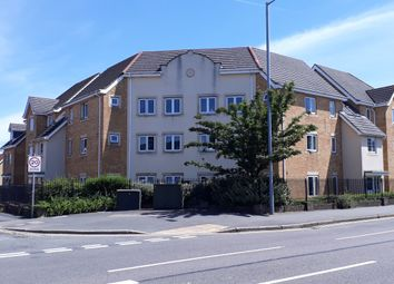 Thumbnail 2 bed flat for sale in Hutton Close, Luton