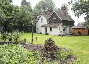 Thumbnail 3 bedroom cottage for sale in Dovers West, Dovers Green Road, Reigate