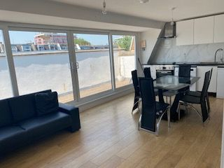Thumbnail 2 bed flat to rent in Caledonia Road, London
