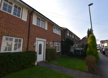 Thumbnail 1 bed property to rent in Holmesdale Road, Reigate