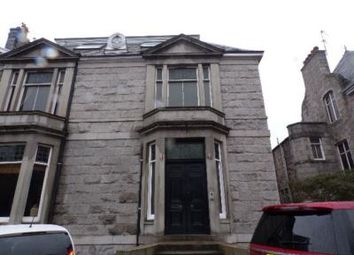 2 bed flat to rent in King's Gate, Aberdeen AB15