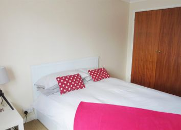 Thumbnail 1 bed flat to rent in Barnsland, West End, Southampton