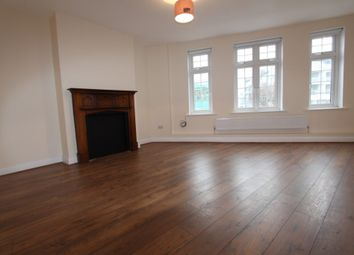 Thumbnail 3 bedroom flat to rent in The Broadway, Mill Hill, London