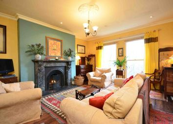 Thumbnail 4 bed flat to rent in Chalcot Gardens, Belsize Park