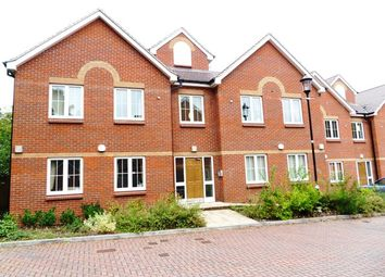 Thumbnail 2 bed flat to rent in Darwin Place, Bracknell
