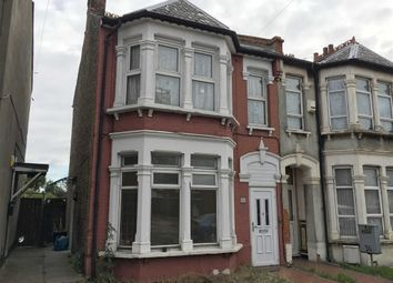 Thumbnail 2 bedroom flat to rent in Sutton Road, Southend On Sea, Essex