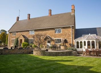 Thumbnail 6 bed detached house for sale in Banbury Road, Chacombe, Banbury