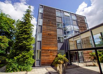 2 bed flat to rent in Wakely Court, Hatfield Road, St. Albans AL1