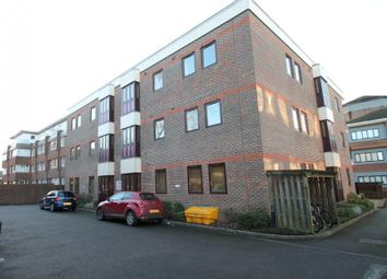 Thumbnail 2 bed flat to rent in Rudge House, Cantelupe Road, East Grinstead