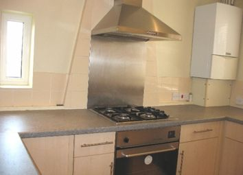Thumbnail 2 bedroom flat to rent in Headley Road, Woodley, Reading, Berkshire