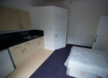 Thumbnail Studio to rent in Holyhead Road, Coundon, Coventry