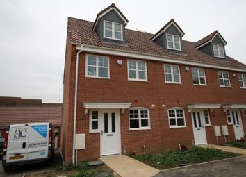 Thumbnail 3 bed town house to rent in Steeple Way, Rushden