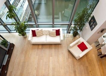 Thumbnail 3 bed flat to rent in 26 Hertsmere Road, Canary Wharf