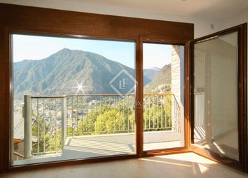 Thumbnail 2 bed apartment for sale in Andorra, Escaldes, And14454