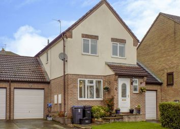 Thumbnail 3 bed detached house for sale in Skewbridge Close, Royal Wootton Bassett, Swindon