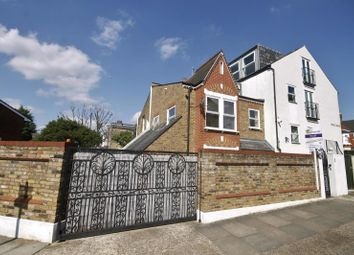 Thumbnail 3 bed property to rent in Earlsfield Road, Earlsfield, London