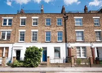 Thumbnail 4 bed flat to rent in Albion Road, London