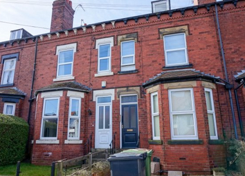 Thumbnail 1 bed flat to rent in Norman Place, Roundhay, Leeds