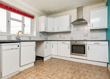 Thumbnail 2 bedroom flat for sale in Hull Road, Cottingham Road, Hull