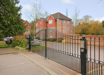 Thumbnail 2 bed flat for sale in Highbridge Close, Radlett