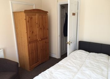 Thumbnail 1 bed flat to rent in Wycliffe Road, Abington, Northampton