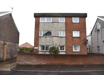 2 bed flat for sale in Llys Onnen, South Road, Porthcawl CF36