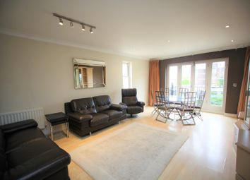 Thumbnail 2 bed flat to rent in Parson Street, London