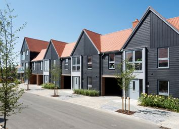 Conningbrook Lakes, Kennington, Ashford TN24. 3 bed terraced house