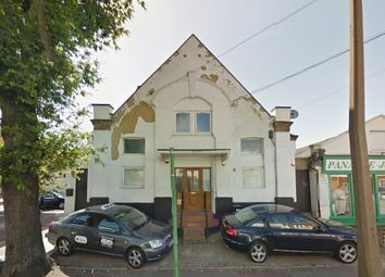Thumbnail 1 bed flat to rent in West Road, Westcliff-On-Sea