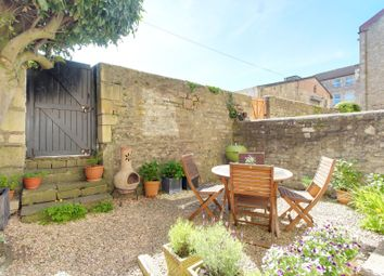 Thumbnail 1 bed flat for sale in Comfortable Place, Bath