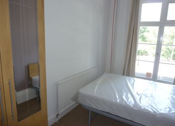 Thumbnail 1 bed terraced house to rent in Union Street, Bedford (Close To Town Centre)