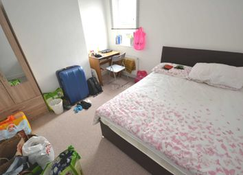 Thumbnail 3 bedroom terraced house to rent in Regent Street, Reading