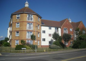 Thumbnail 1 bed flat to rent in West Road, Clacton-On-Sea
