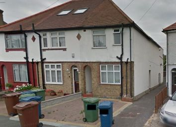 Thumbnail 1 bed flat to rent in Churchill Road, Edgware