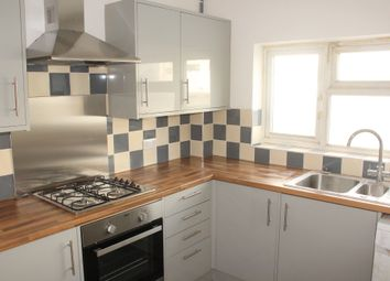 Thumbnail 3 bed flat to rent in Eaton Place, Reading, Berks, UK