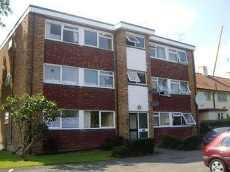 Thumbnail 2 bed flat to rent in Barley Lane, Chadwell Heath, Romford
